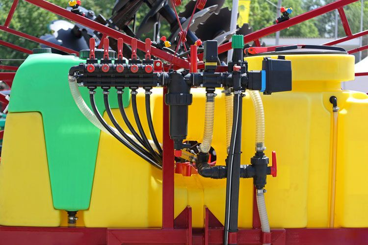 tow-behind-sprayer-pump